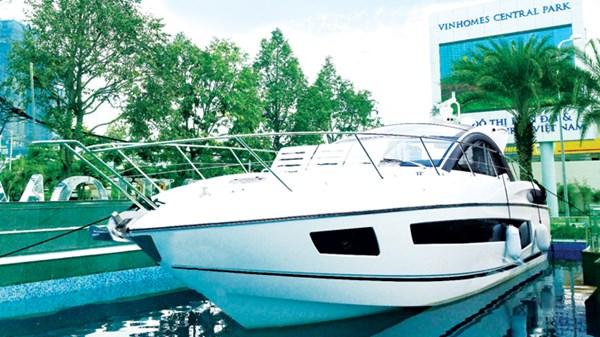 Du thuyền cao cấp tại Vinhomes