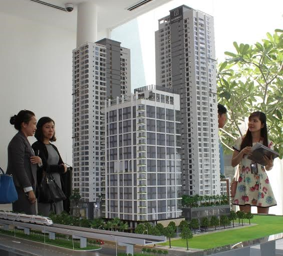 Khách hàng tham quan căn hộ Gateway Thao Dien
