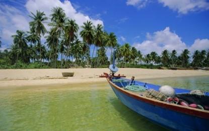 Phú Quốc : Thiên đường du lịch đi lên từ địa ngục trần gian